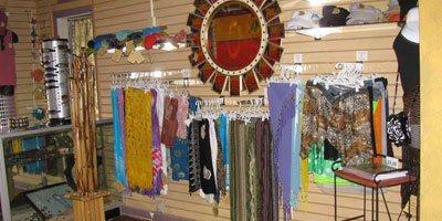 Gift shop: logo items, resort wear, artwork, jewelry & snacks