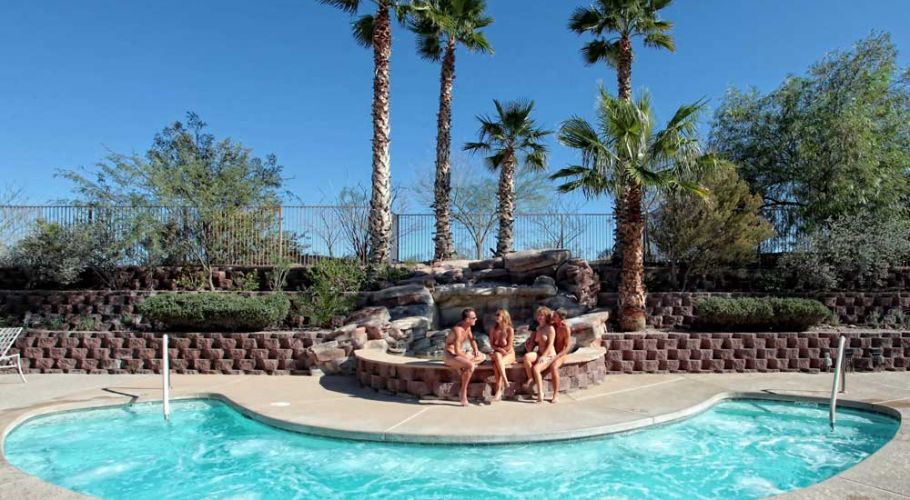 pool-conversation